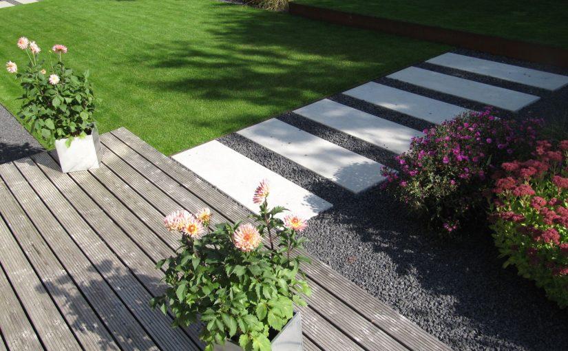 Gartengestaltung modern, puristisch