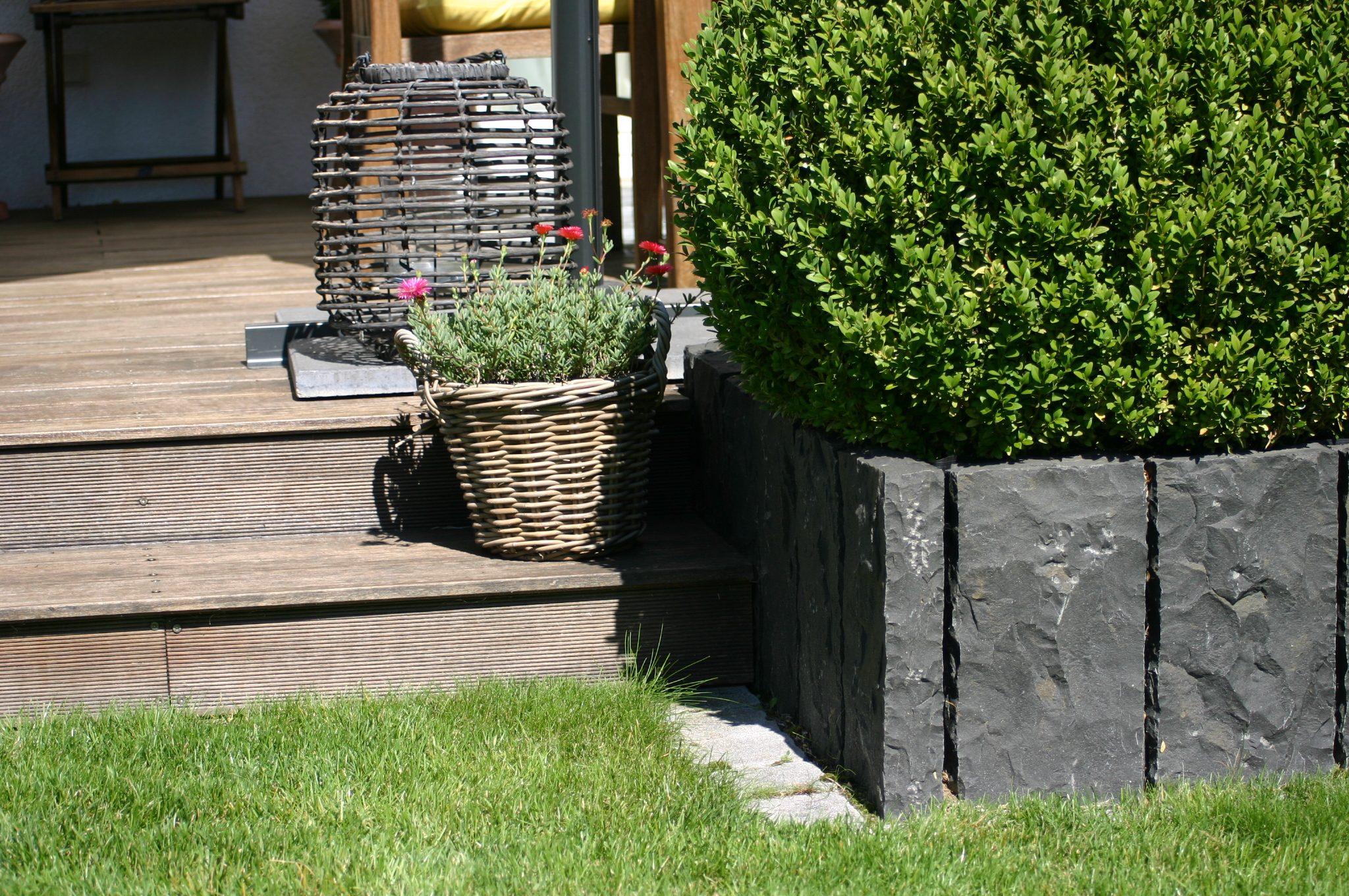 Moderner Familiengarten in Bruchköbel, Gestaltung Planungsbüro Blum - Scherer